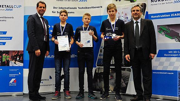 "Juniorvizemeister ""Real Racers"""