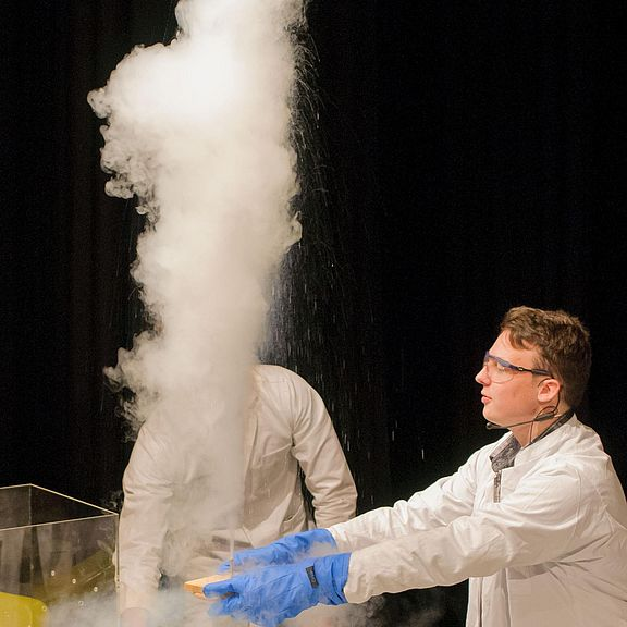 Science Show: Ein Hauch Physik